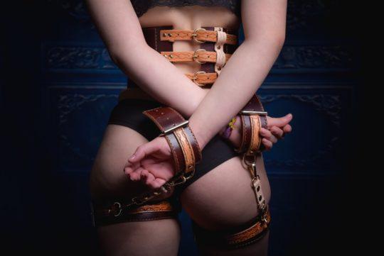 BDSM set Rapana